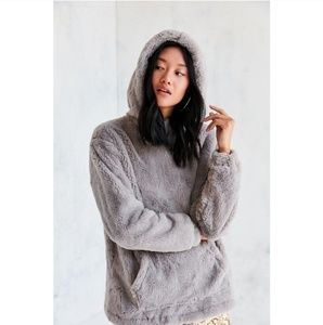 Silence + Noise gray Faux Fur hoodie